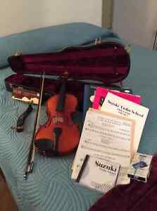 Excellent condition Schoenbach 4/4 violin , with many extras