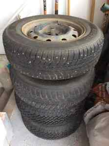 4 Winter Tires - 205/70R15