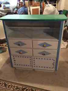 Cute hutch for sale - very good condition