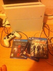 White PS 4 Boxed with The Division/Resident Evil Origins/Resident Evil Revolutions 2