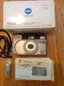 Minolta Riva Zoom 90 camera