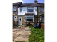 BEAUTIFUL 3 BEDROOM TOWN HOUSE TO LET IN BD7 !!!