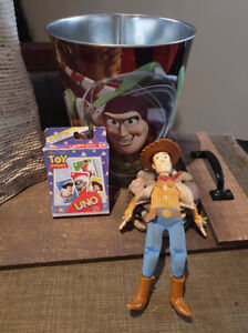 Dundas: TOY STORY LOT - Trash Can, UNO Cards & TALKING WOODY! -