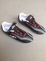 Boys size 5 soccer shoes brand new