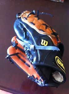 Youth Baseball Glove - Wilson 10.5""