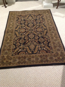 Gorgeous High end rug 6' X 4' excellent quality