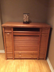 Professionally refinished solid oak entertainment unit*reduced*