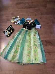 Brand New Disneystore Frozen Anna Coronation Set - size 7/8