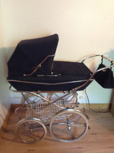 Carriage Vintage Italian Pram