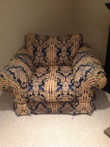 TV/Accent Chair- Brand New and Barely Used