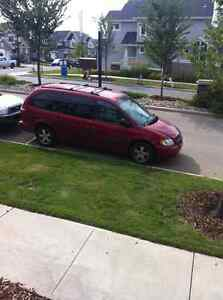 2005 Dodge Grand Caravan Minivan, Van,.....pending to pick up...