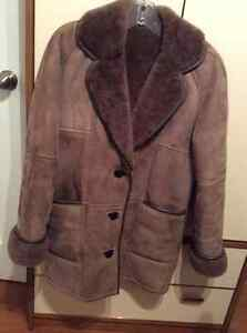 Ladies Sheepskin Coat Cambridge Kitchener Area image 1