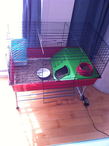 90%new big animal cage and accessoires value 260$ sale only 160$