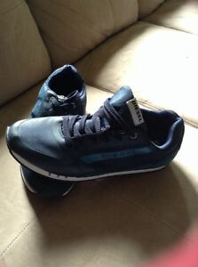 New diesel men's shoes, navy blue
