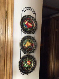 4 PIECE DECORATIVE PLATE DISPLAY FOR SALE