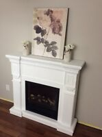 White electric fireplace $200 IF PICKED UP TODAY