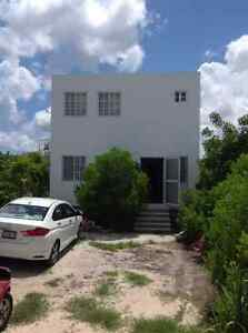 Progreso, San Benito, Walk to the Beach, Sleeps 7