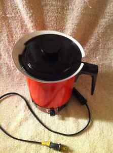 Vintage RETRO 1980's West Bend Electric HOT POT. Sarnia Sarnia Area image 3