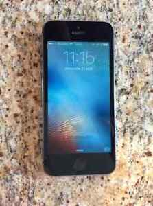 iPhone 5S 16Gb silver avec Rogers