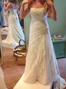 Gorgeous lace gown Cambridge Kitchener Area image 3