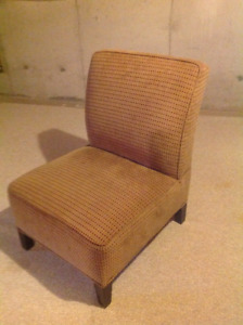 Slipper chair - very good condition