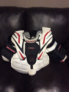 Vaughn Vision 92000 Junior Small Goalie Chest Protector