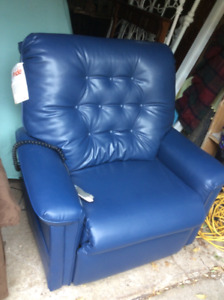 Pride mobility recliner lift chair - excellent condition!
