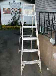 6 feet Aluminum Step Ladder, with Paint Tray