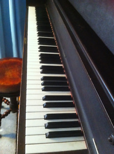 Piano - good condition, working
