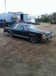 1987 ford crown Victoria