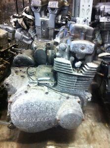 1976-77 Kawasaki KZ400 Engine