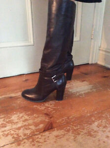 Leather fashion boots - great condition