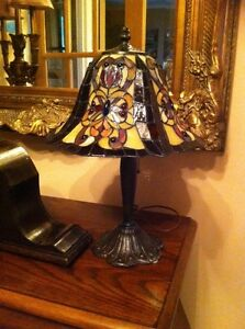 Authentic Real Vrai Dale Tiffany lamp lampe