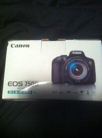 Canon eos750d camera