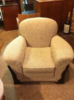 Casual chair & matching ottoman