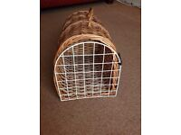 Traditional Wicker Cat Carrier/Basket
