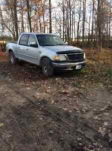 2002 Ford F-150 SuperCrew XLT Pickup Truck London Ontario image 3