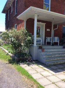 House for sale      MLS 1158269.   Must sell