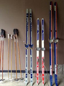 Cross county skiis