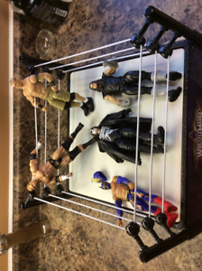 WWE Wrestling Ring and 5 Figures