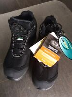 Men's size 8 steel toe boots brand new