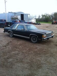 1987 ford crown vic