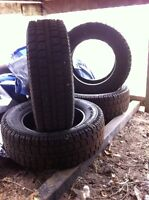 275/65r20 cooper discover m+s studded winter tires