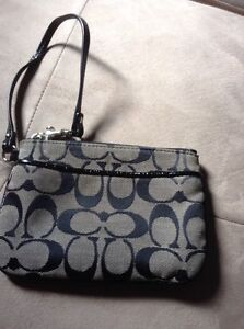 Coach wristlet, black and white, great condition London Ontario image 1