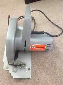 Black and Decker circular saw London Ontario image 1