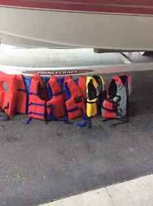 Adult life jackets