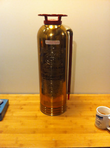 ANTIQUE FIRE EXTINGUISHER - QUICK AID CANADIAN MADE