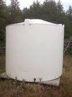 1600 gallons water tank