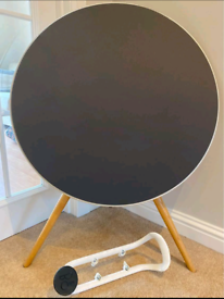 Bang and Olufsen A9 wireless loud speaker