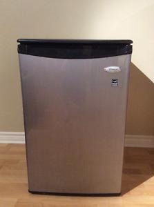 Petit réfrigérateur Whirlpool